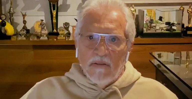O apresentador do SBT, Carlos Alberto de Nóbrega participou do programa Conversa com Bial na Rede Globo(Foto: Divulgação)