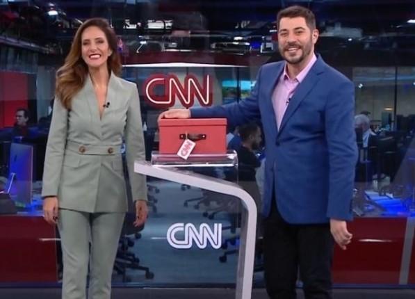 Monalisa Perrone e Evaristo Costa estão na CNN Brasil (Foto: Divulgação)